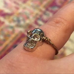 Jewelry - Small gold and silver Skull ring